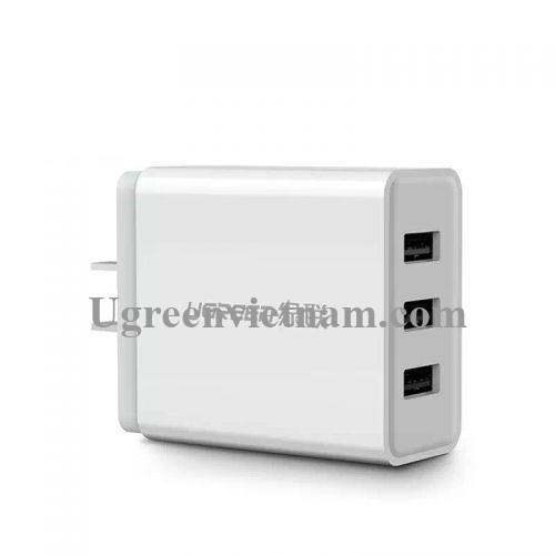 Ugreen 40306 24W màu Trắng Củ sạc nhanh 3 cổng USB 2.4A CD148